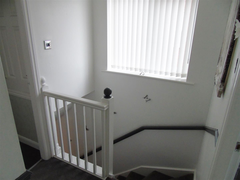 3 Bedrooms, House - Semi-Detached, Beck Close, Liverpool